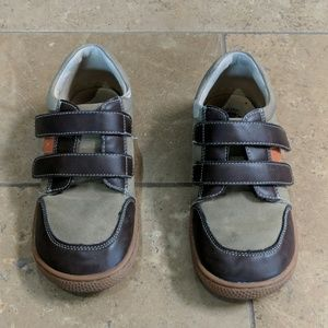 Live and Luca boy's shoes. Brown. Size 3.